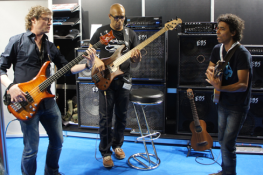 Jamming at the EBS booth party.