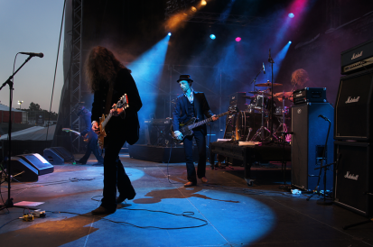 Nick Mailing is new EBS Artist. Here with The Quireboys.